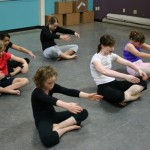 Modern Dance I (ages 7-11 years old)